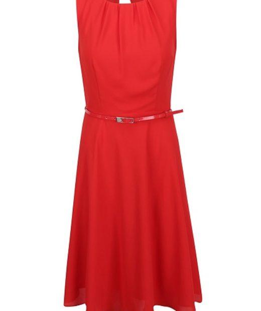 Červené šaty s páskem