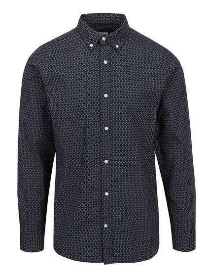 košile se vzory, modrá barva